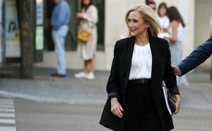 Cifuentes declara al juez que solo estaba en la «acción política» del PP