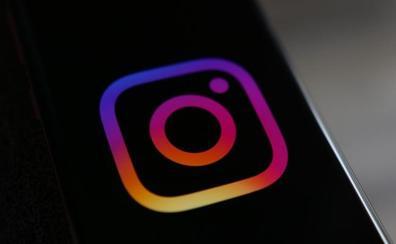 WhatsApp e Instagram se pasan al 'modo oscuro': ¿por qué lo usan cada vez más aplicaciones?