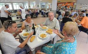 Los nuevos centros de San Martín y el Iradier sumarán 60 plazas de comedor para mayores