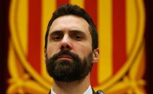 El Constitucional avisa a Torrent de acciones penales si desobedece