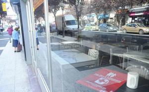 Los comerciantes de la calle Gorbea abandonan Aenkomer tras «las humillaciones» de su presidente