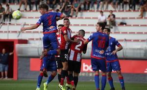 El Bilbao Athletic no doblega al Amorebieta en un partido loco