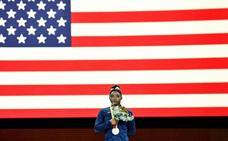 Biles iguala el récord de Scherbo con 23 medallas mundiales