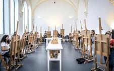 Visita a la Escuela de Artes y Superior de Diseño
