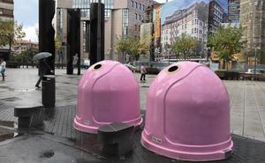 Barakaldo se apunta al contenedor rosa en solidaridad con el cáncer de mama