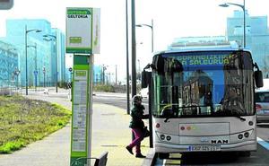 «La línea 7 necesita cambios, es un viaje turístico por Lakua», pide Borinbizkarra