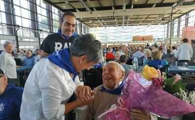 Los mayores se dan un homenaje