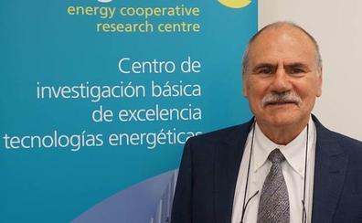 Eligen a un científico de Miñano como el mejor investigador de la energía de España