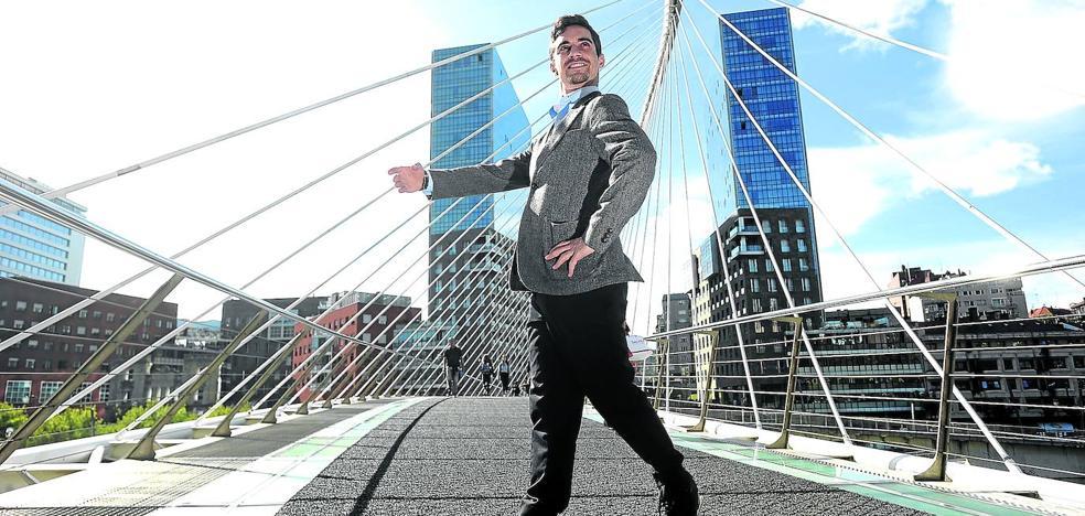 Javier Fernández: «No es fácil ser pionero en este país»