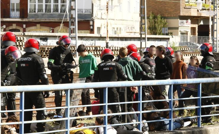 Detenidos en la manifestación de Vitoria