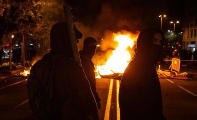 Torra condena 'in extremis' los actos violentos pero habla de «infiltrados»