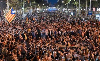 Los Mossosesperan hoy hasta un millón de personas en la huelga contra el fallo del 'procés'
