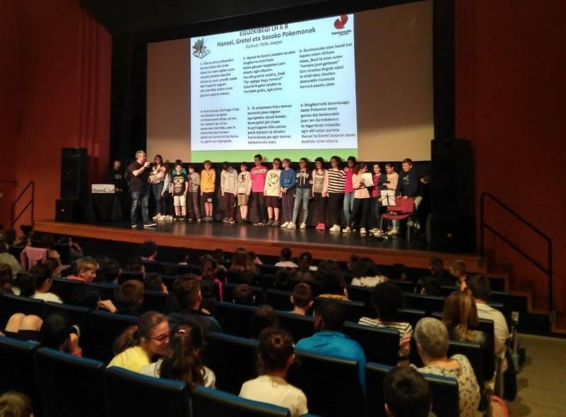 500 escolares galdakoztarras participan en el programa municipal para impulsar el euskera