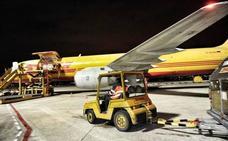 Aena contempla reformar la terminal de pasajeros de Foronda entre 2020 y 2021