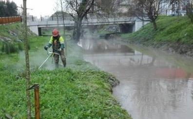 Arrancan las labores del limpieza del cauce del Gobela y de Bolue