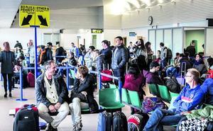 Foronda mueve 100.000 pasajeros y crece en carga y vuelos chárter tras seis meses con H-24