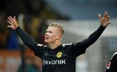 Triplete de Haaland en su debut con el Dortmund