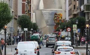 El plan para cerrar el centro de Bilbao a los coches contaminantes divide a los partidos
