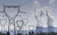 Cada cliente de electricidad aún 'debe' 564 euros