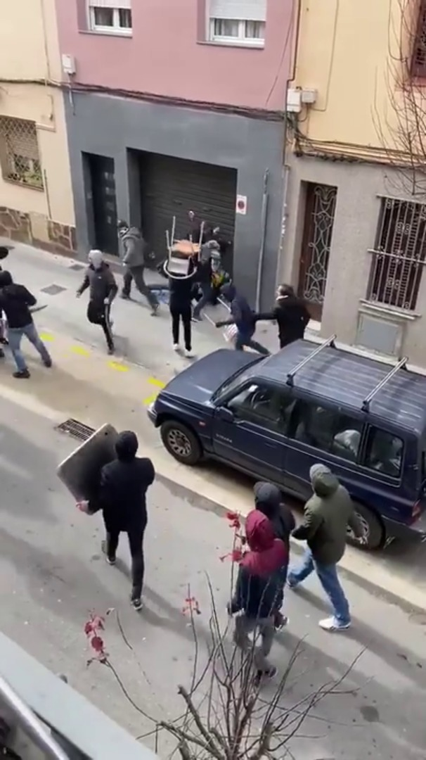 Brutal paliza a un ultra  del Espanyol por hinchas radicales del Athletic