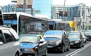 40.000 coches entran cada día en la zona de Bilbao que tendrá restricciones de tráfico