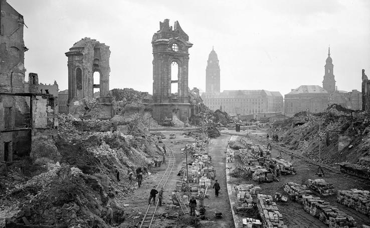 Dresde conmemora el 75 aniversario del bombardeo de la ciudad