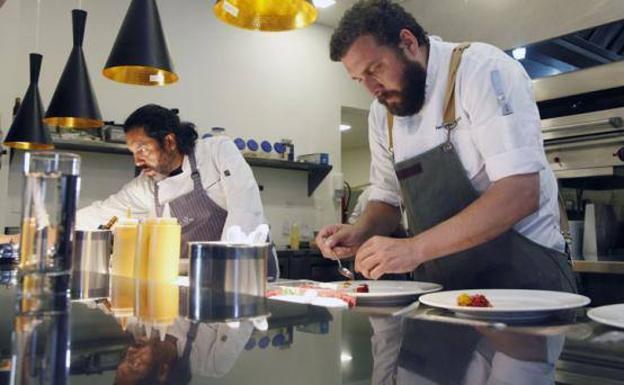 El chef argentino Fer Rivarola