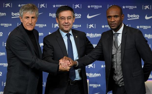 Barcelona anuncia salida de Éric Abidal de su puesto de secretario técnico del club