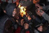 Así afrontan el frío invierno las zonas más pobres de Kabul, Afganistan