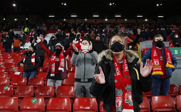 El público regresa a la Premier League   El Correo