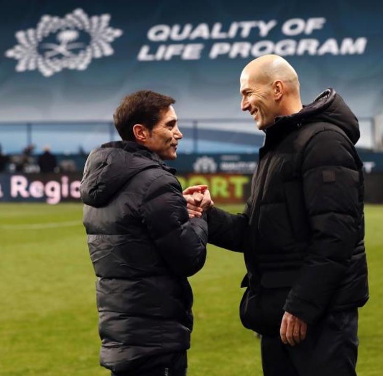 El KO en la Supercopa reabre las heridas de Zidane