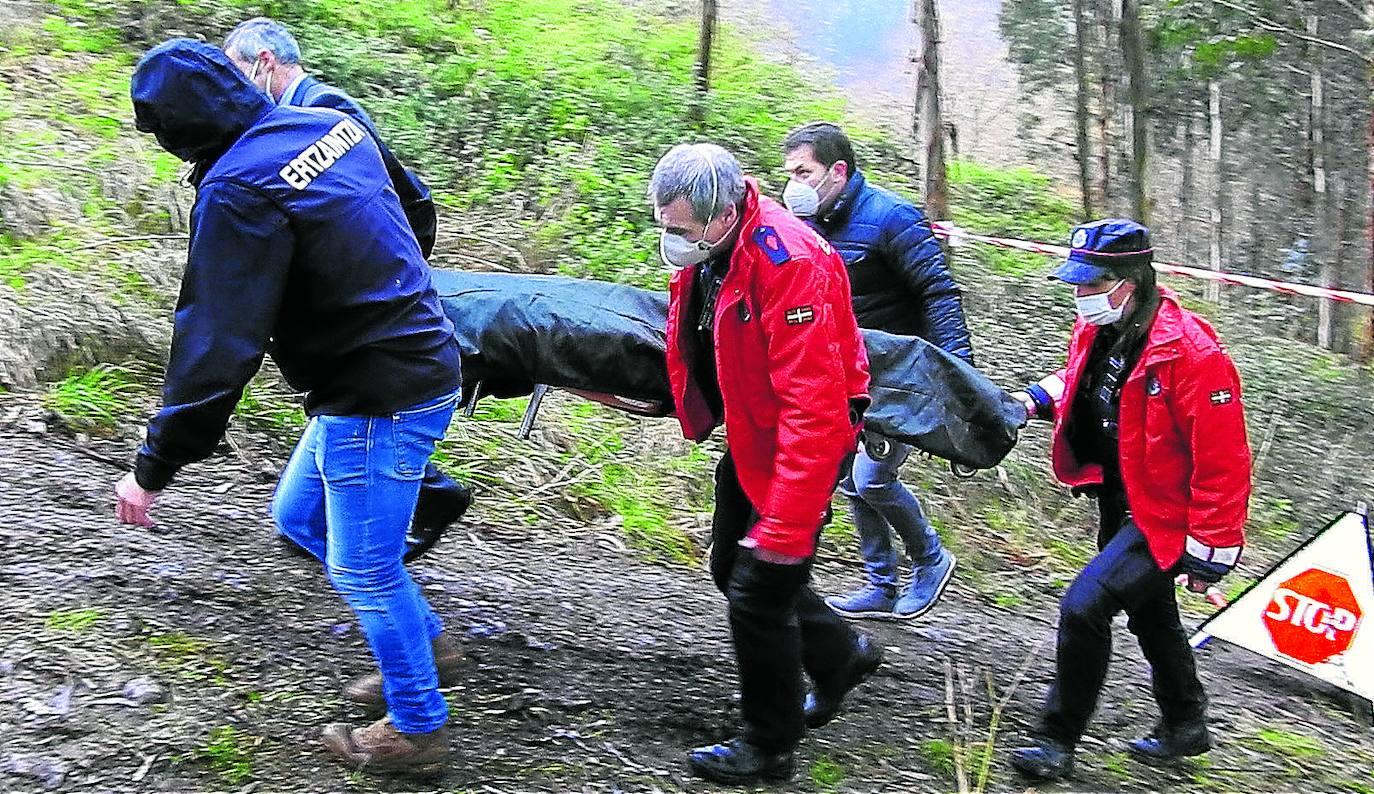 Buscan posibles desaparecidos en Leioa para tratar de identificar los restos óseos