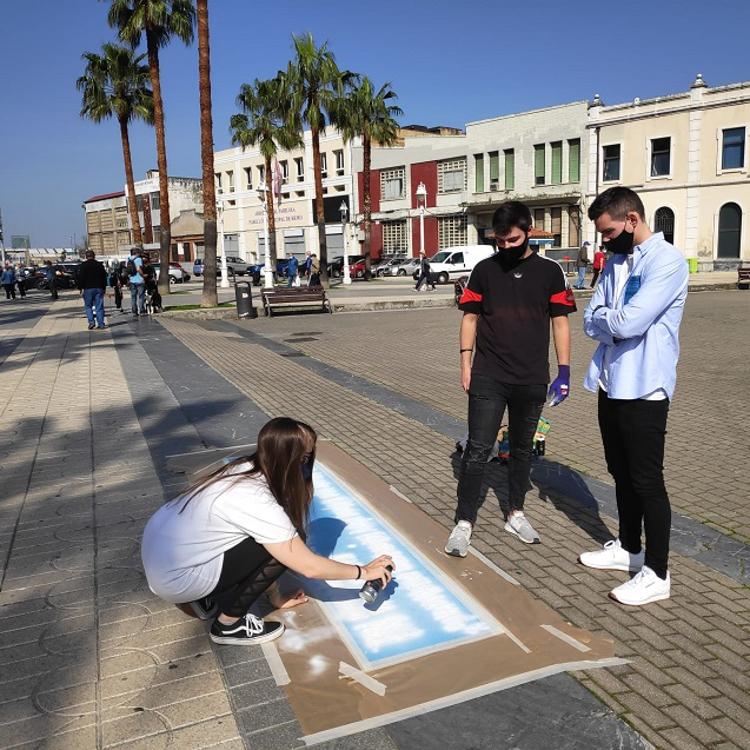 Citas literarias de autores locales relucen en las calles de Santurtzi