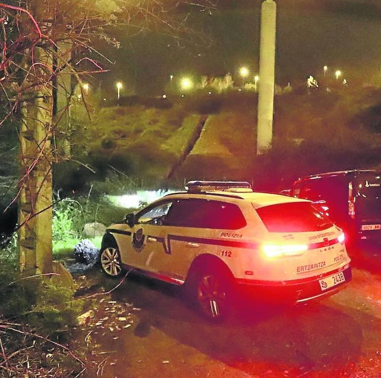 Investigan el hallazgo de restos humanos en una zona de huertas de Bilbao