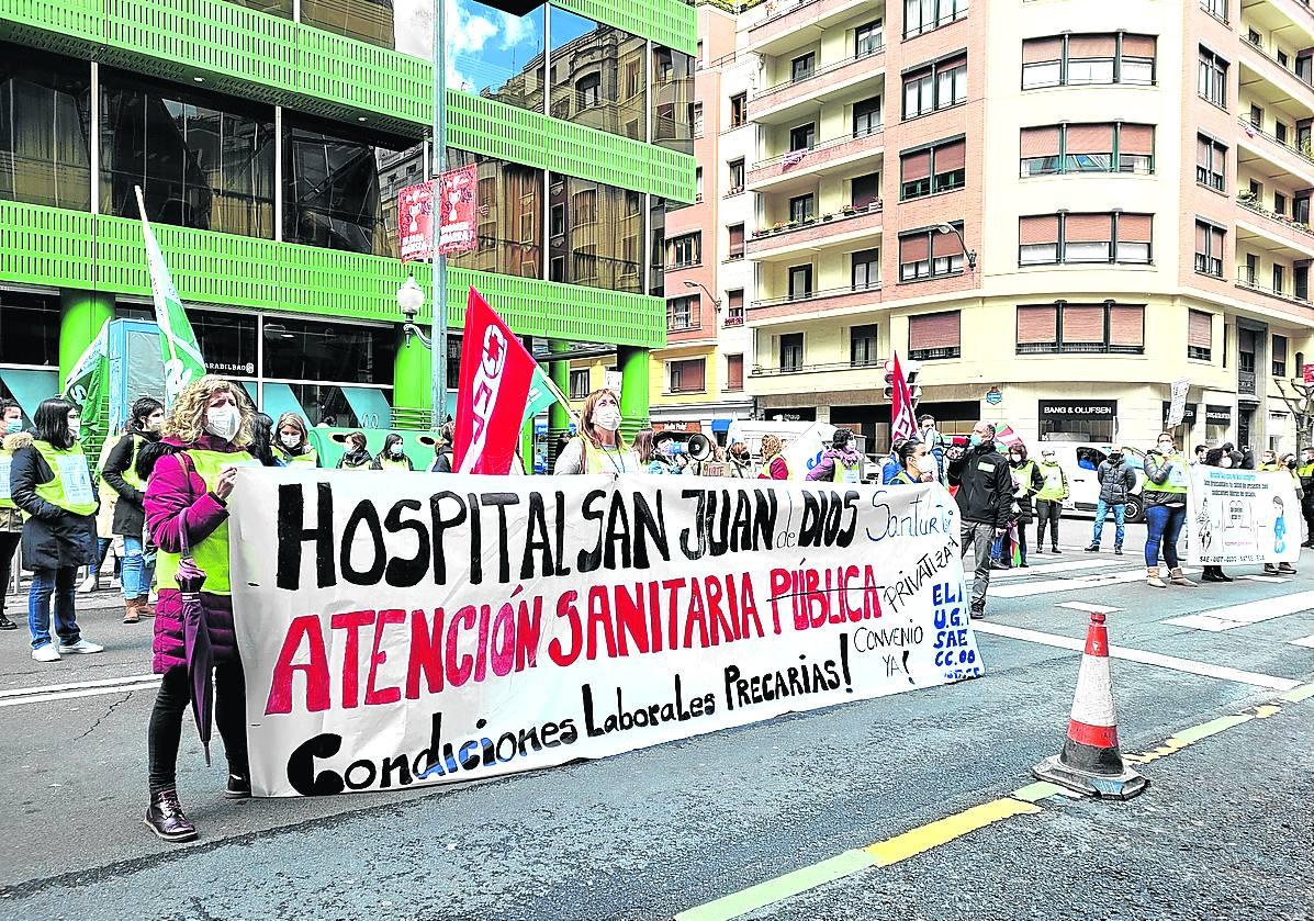 Trabajadores del hospital San Juan de Dios inician cuatro jornadas de huelga