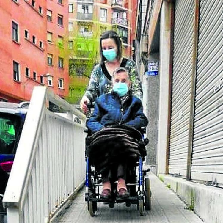 Vecinos de Basauri denuncian «falta de accesibilidad»