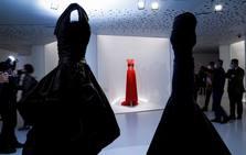 Exposición 'Alaïa y Balenciaga. Escultores de la forma' en Getaria