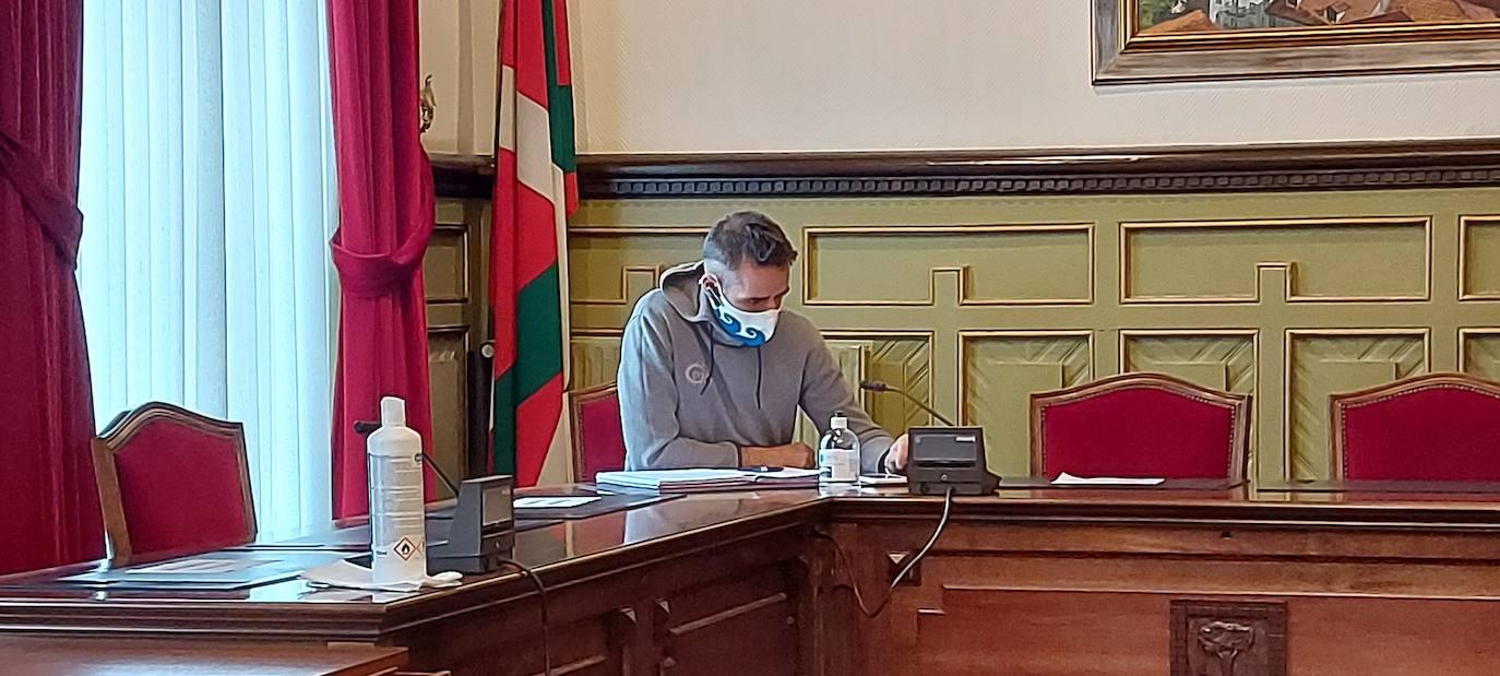 La justicia abre la puerta al PNV de Mundaka para presentar la moción de censura al alcalde