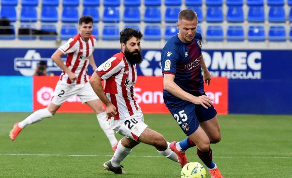 Vídeo: El Huesca gana al Athletic y sueña con quedarse en Primera