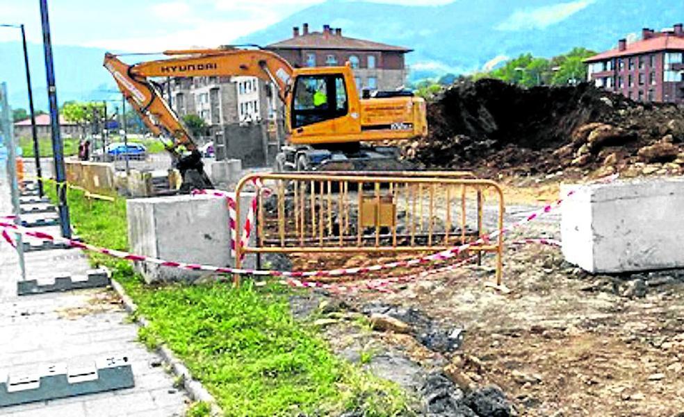Arrancan las obras para eliminar los vertidos de aguas residuales en Orozko