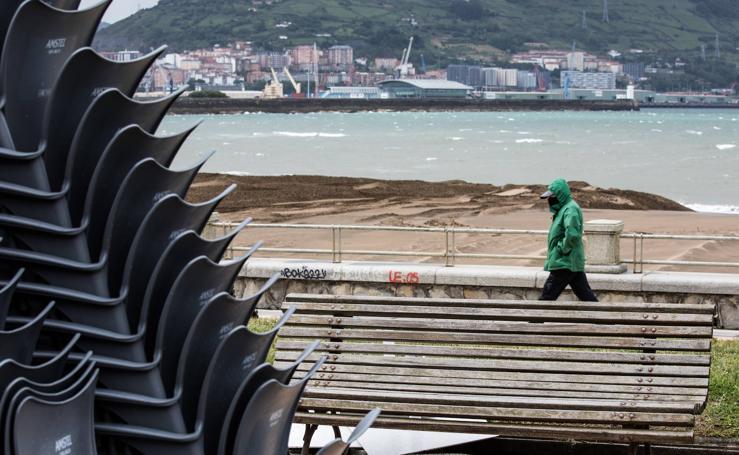 Una galerna deja precipitaciones y fuertes vientos y provoca un descenso radical de las temperaturas en Bizkaia
