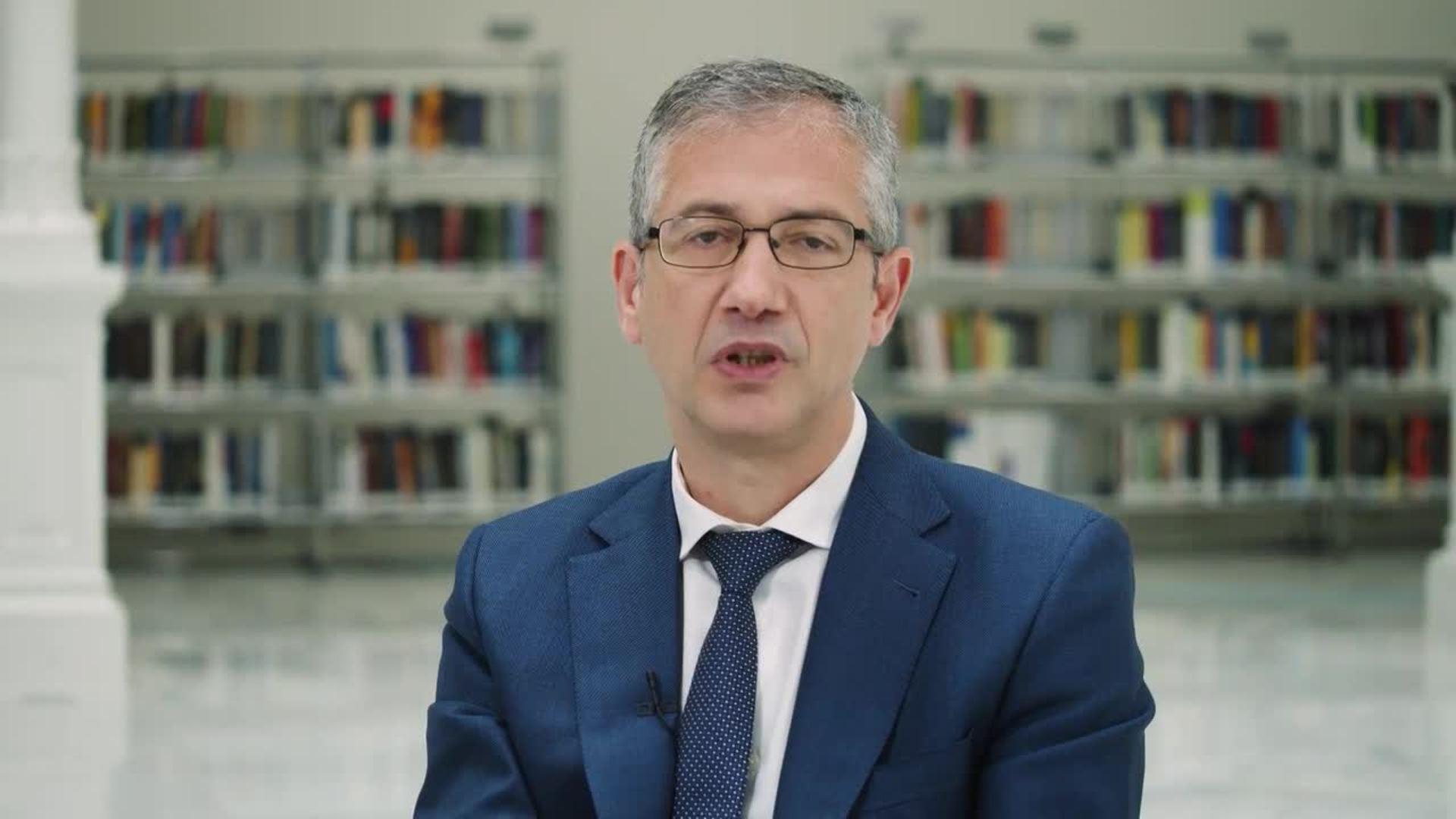 De Cos pide utilizar los fondos europeos para mitigar costes de las reformas