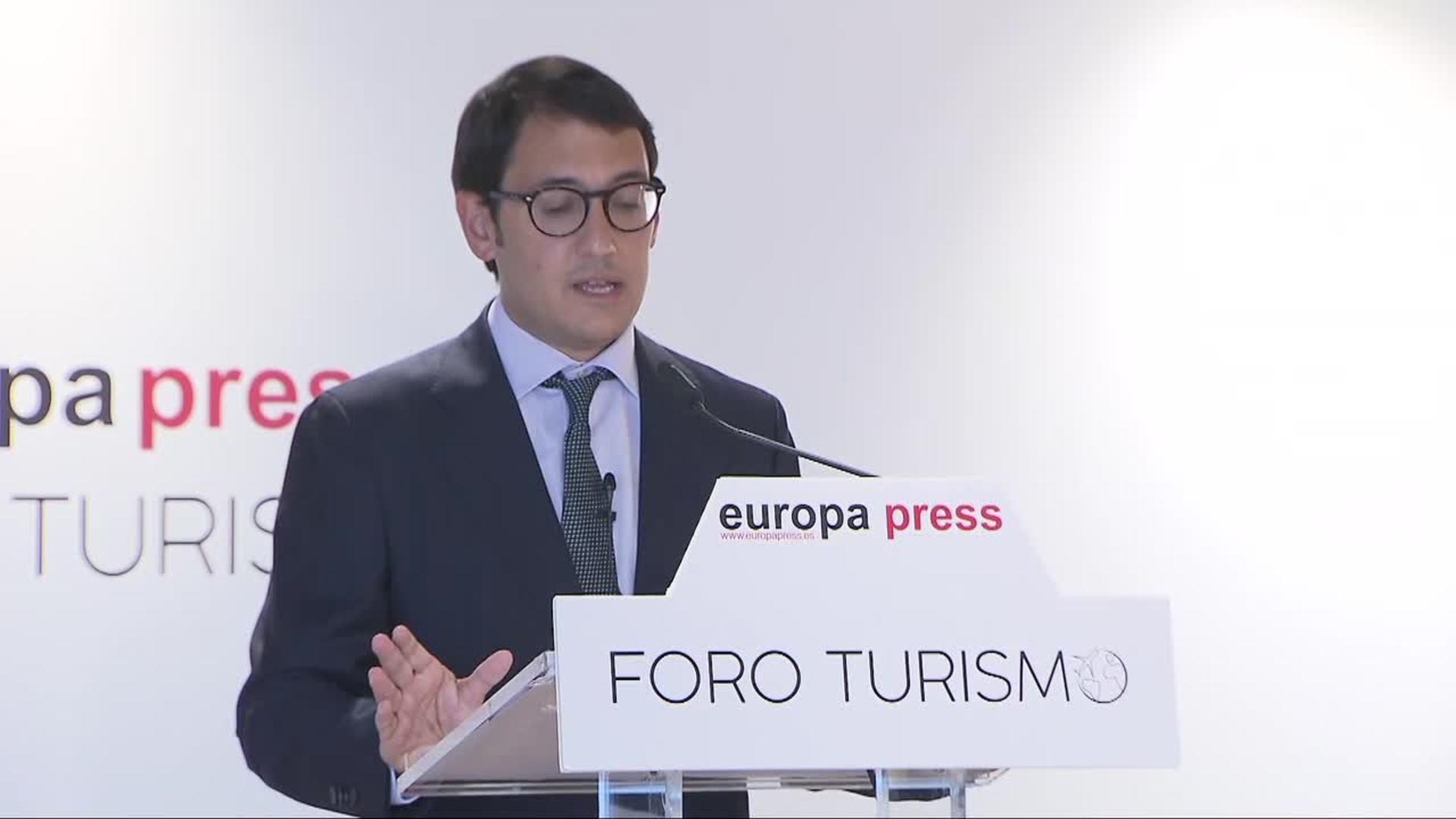 Baleares dice que hay que recuperar 200.000 trabajadores del turismo