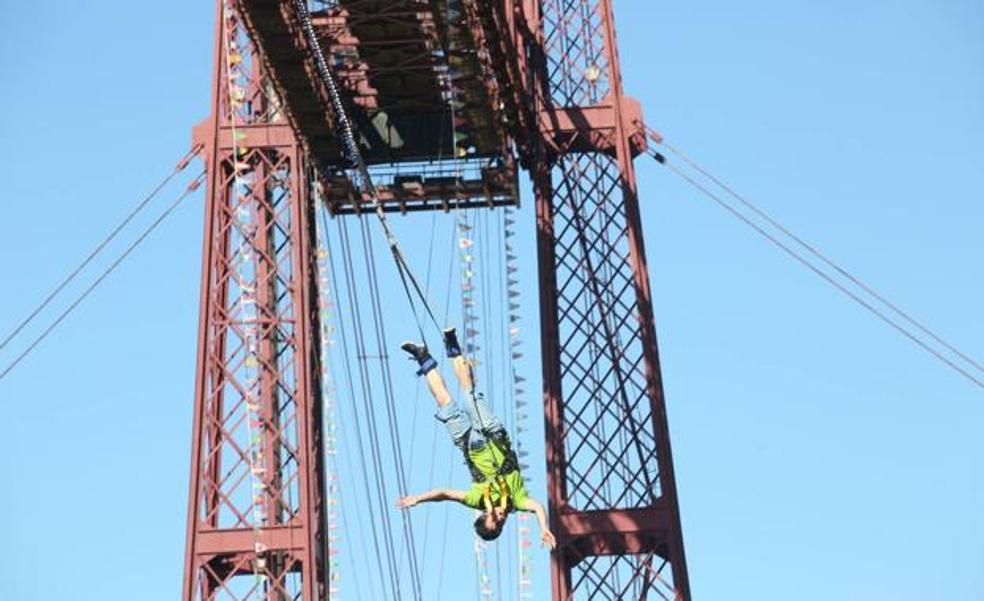 El Puente Colgante recupera la escalada y los saltos al vacío después de un año de pandemia