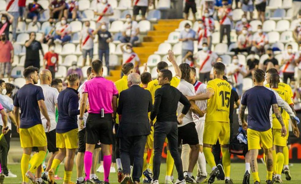 El Girona toma Vallecas y se acerca a Primera