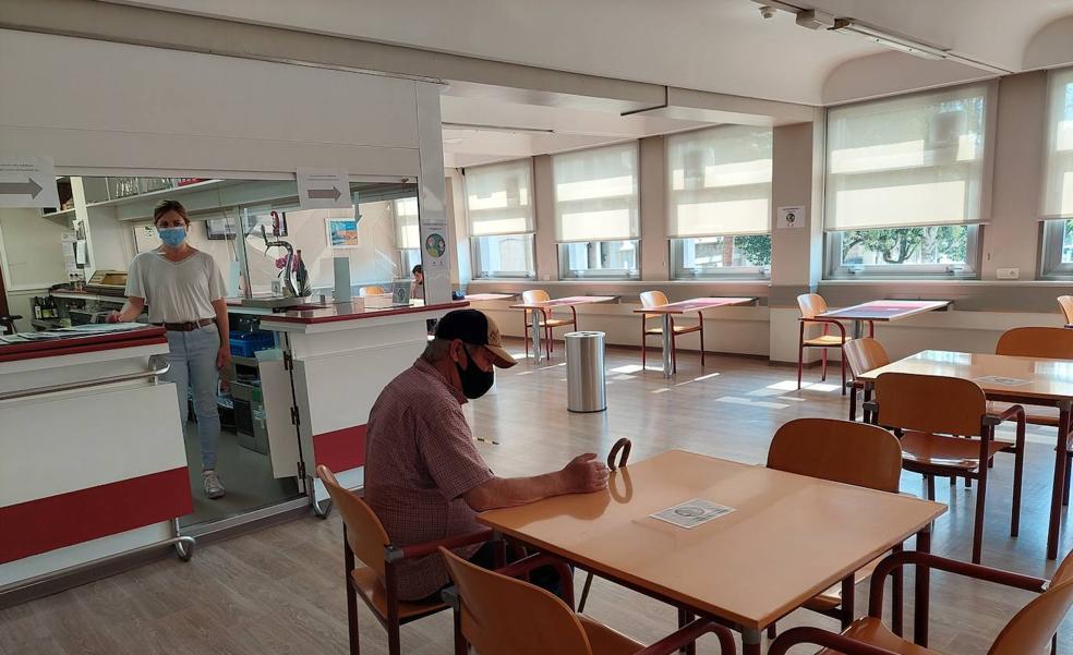 El servicio de comedor se reanuda en el centro de personas mayores de Durango