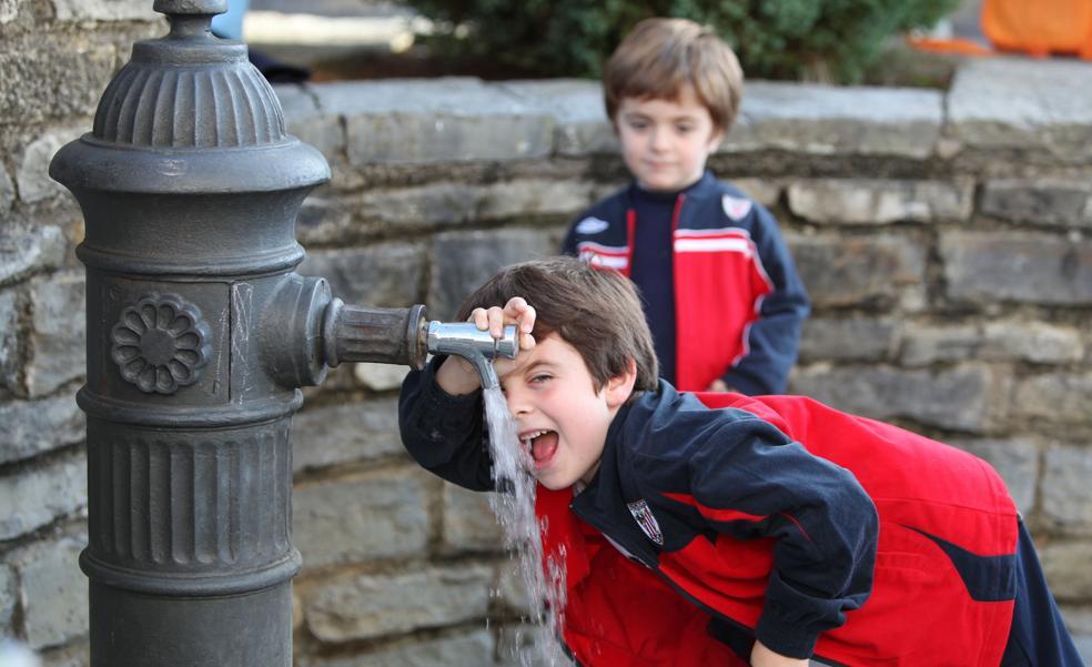 Busturialdea limita el consumo de agua a la población para garantizar su suministro en verano