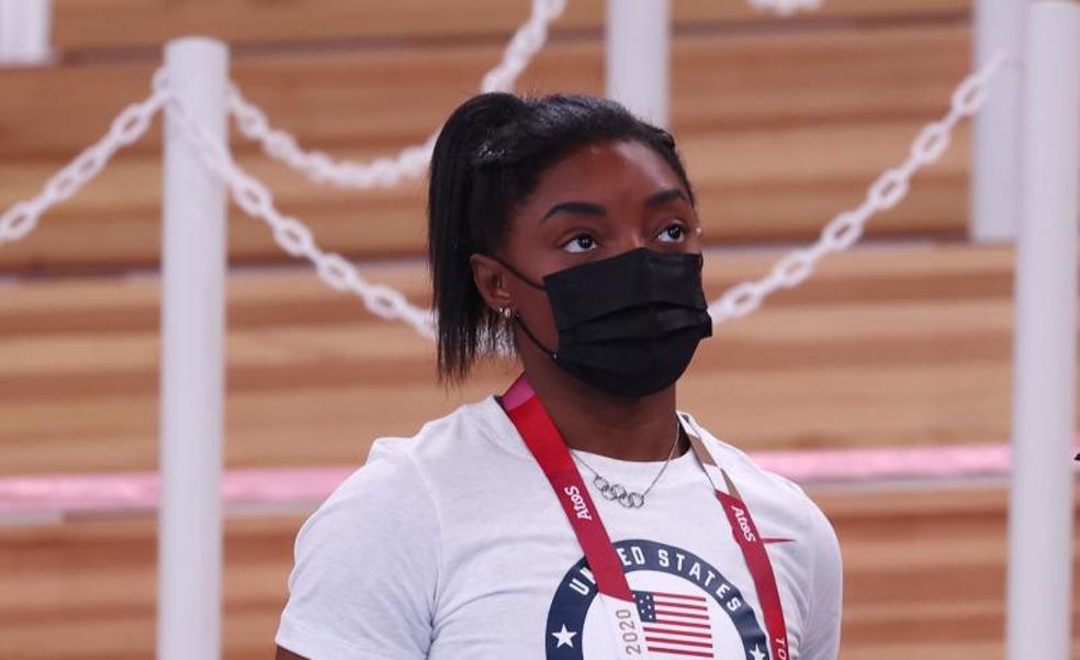 Simone Biles, inscrita para la final de barra de equilibrio