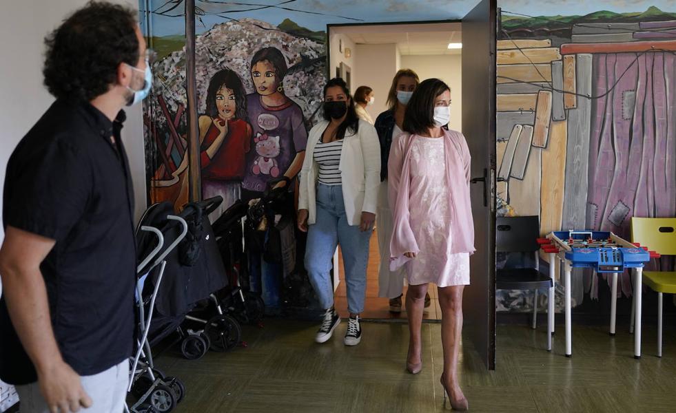 Euskadi reclama al Gobierno Español la transferencia en materia de migración y la aprobación del reglamento de extranjería