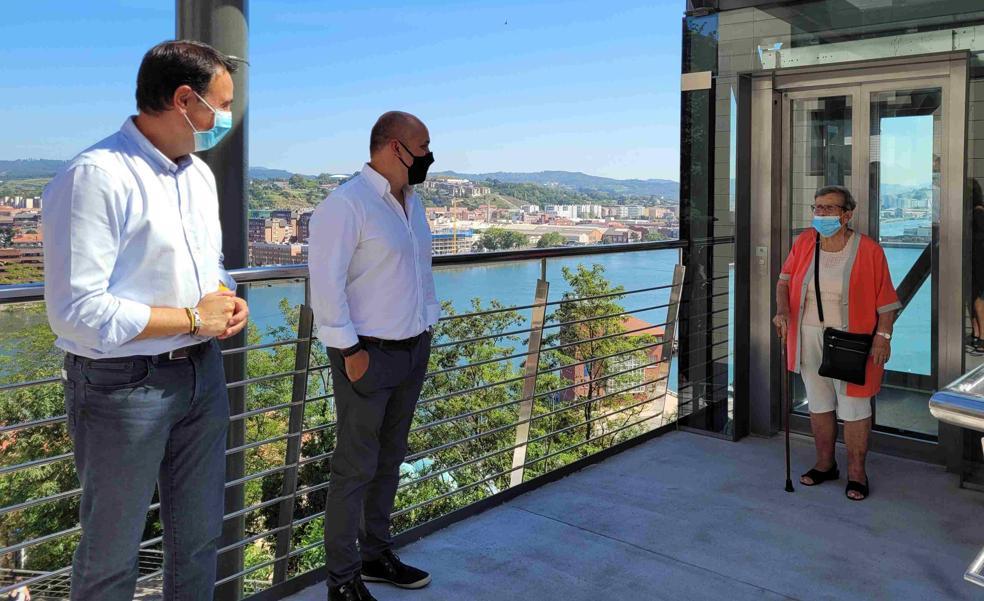 Portugalete inaugura dos ascensores en el Grupo Miramar
